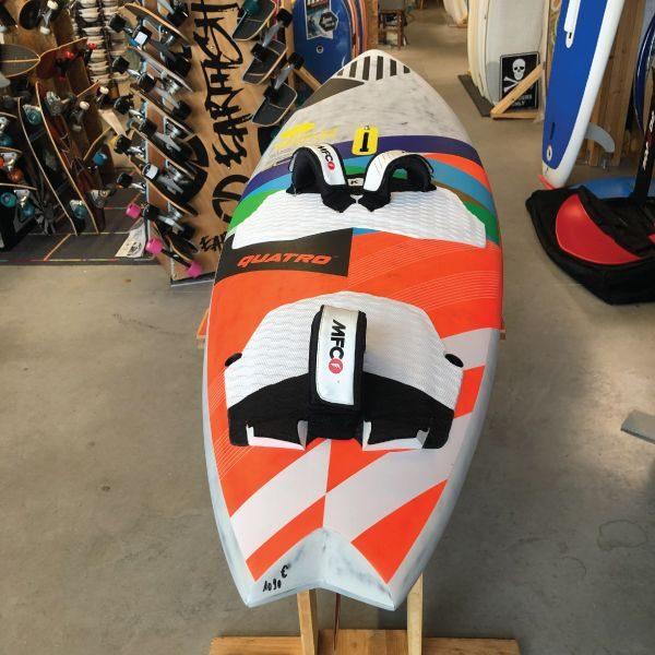 pyramid_quatro_windsurf_action_fun