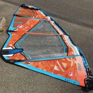 rrd-four-5-3-occasion-voile-windsurf-compressor